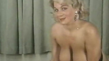 Vintage - Classic Striptease And Glamour Films (1969)
